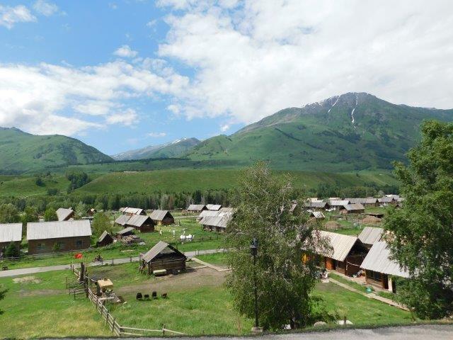カナフスム村