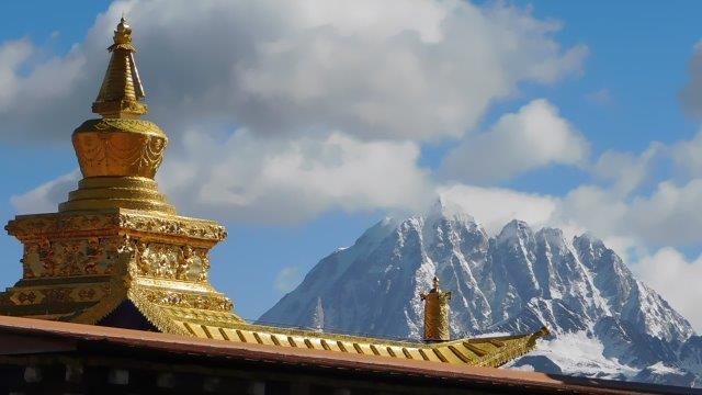 雅拉雪山と塔公寺